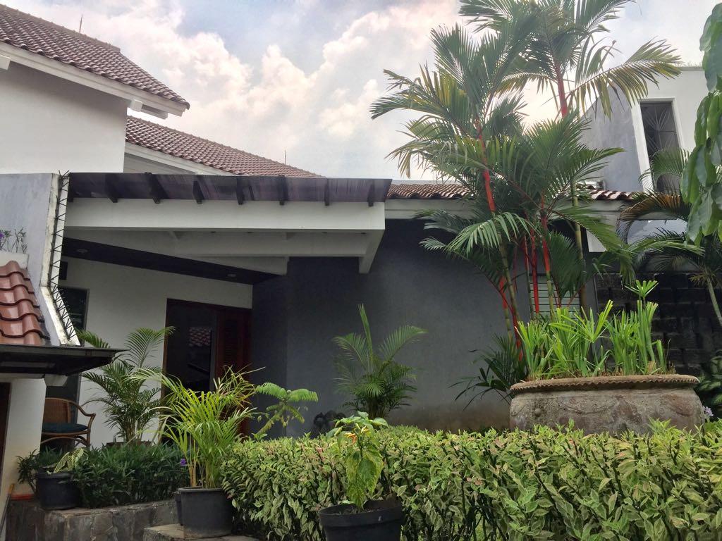 WTR Rumah Asri nan Cantik di Pondok Indah