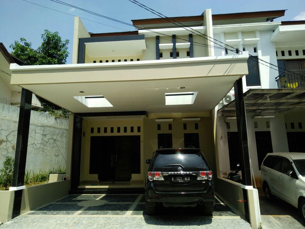 RUMAH TOWN HOUSE SILA INDAH 1