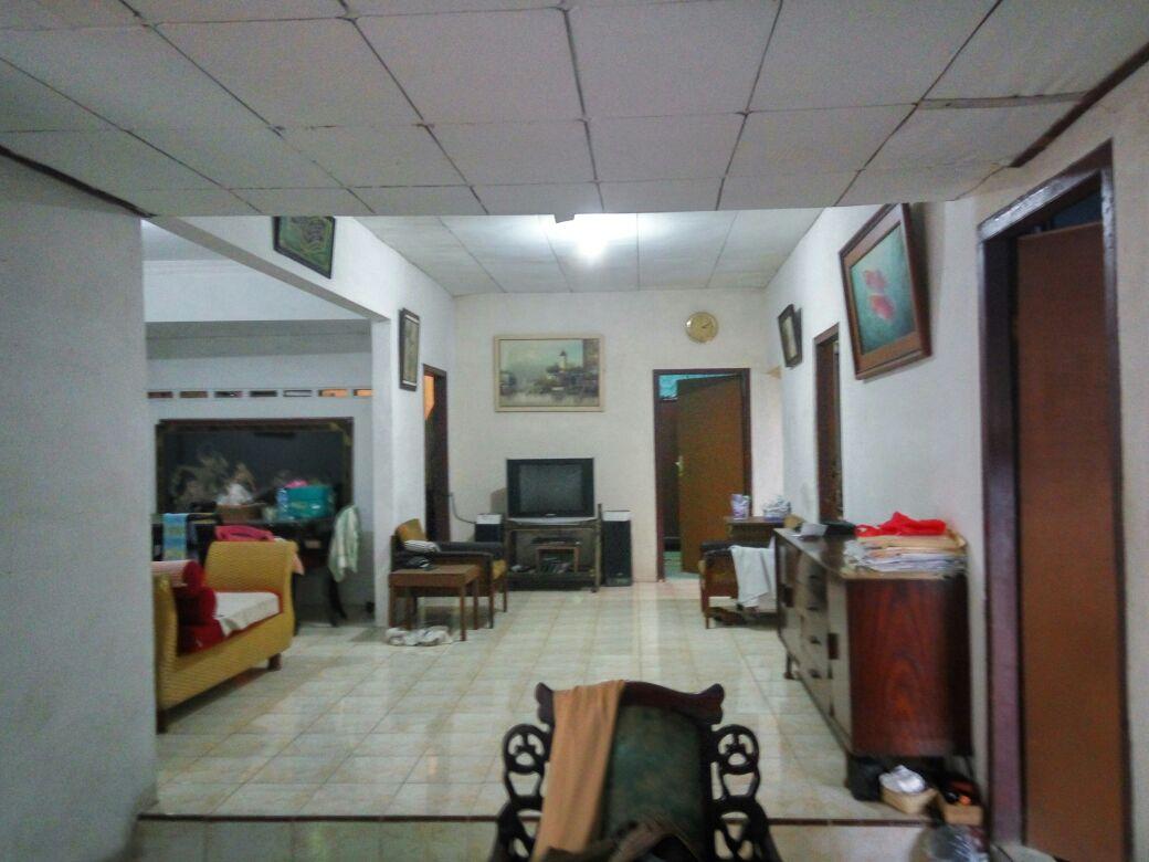 Rumah Strategis komplek Perhubungan Pondok Pinang Jakarta Selatan