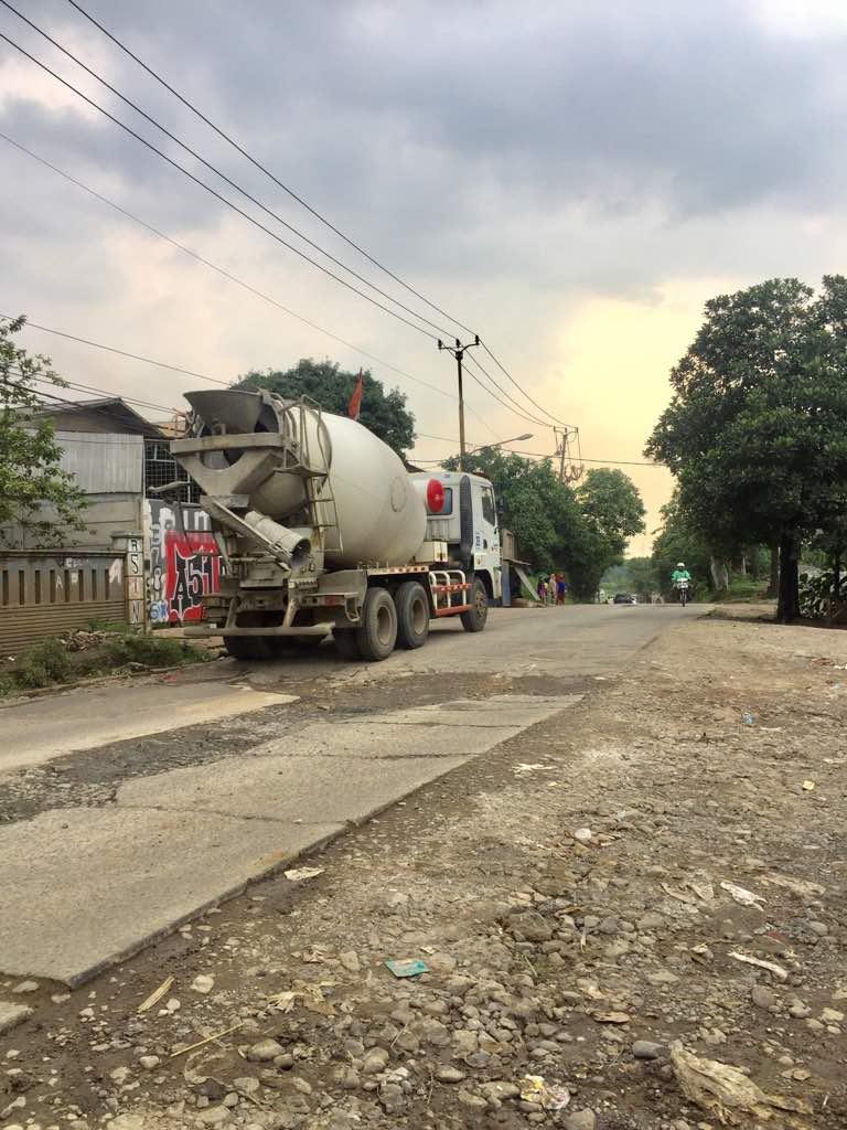 Tanah komersial di Jl Cisauk, Selangkah ke BSD City