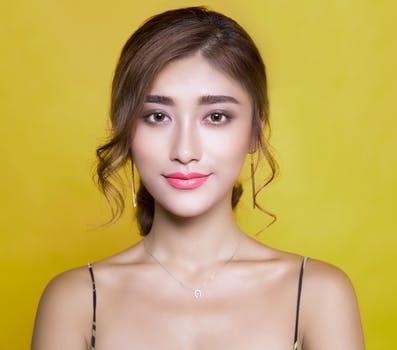 Shena Ayu - Model