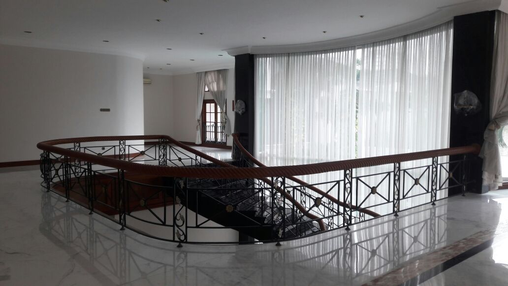 Rumah Sewa di Bukit Golf Pondok Indah. Exclusive @pondok Indah