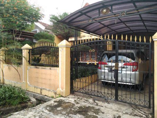 Rumah Tinggal di Graha Raya Bintaro, Asri dan Siap Huni