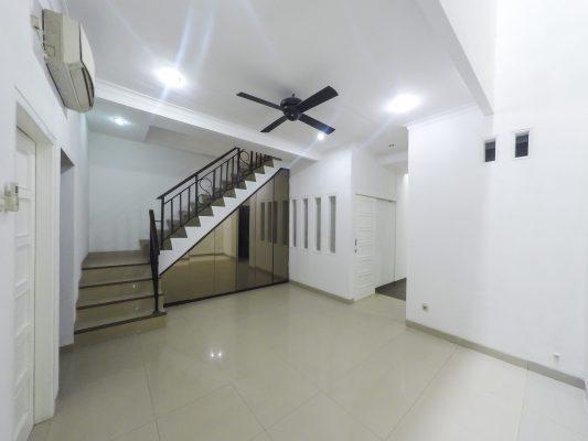Rumah Bagus 3 BR Harga Terbaik Dekat Mall Pondok Indah
