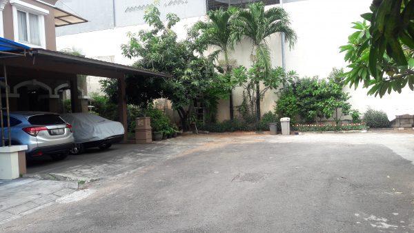 Rumah Mediterania Jakarta Barat