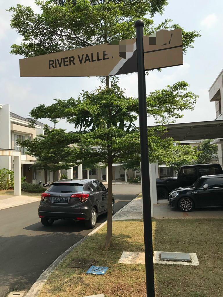 Dijual Rumah Baru RIVER VALLEY LEBAK BULUS - Regina Realty