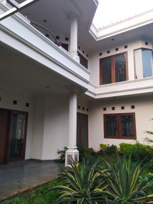 Rumah disewakan 5 Kamar Tidur Siap Huni di Mampang Prapatan Buncit Asri Pancoran Jakarta Selatan