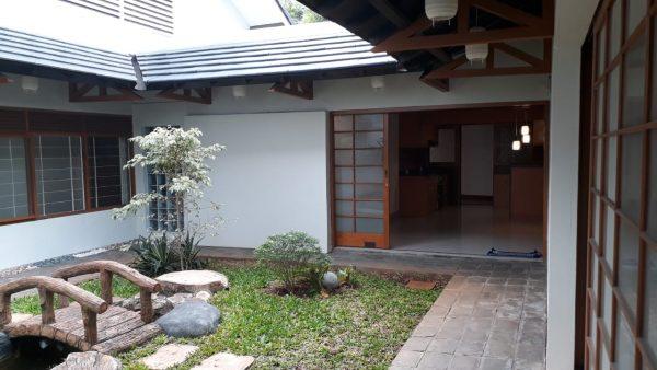 Disewakan Rumah Cantik  Asri bangunan Jepang Kebayoran Baru