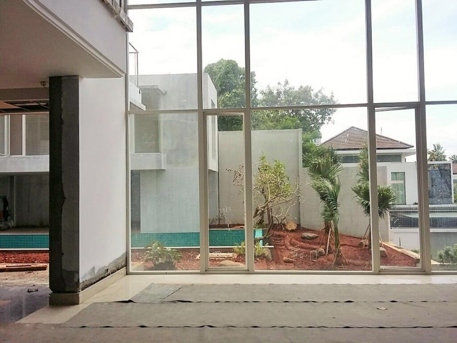 Jual Rumah Pondok Indah, Jakarta Selatan - Regina Realty