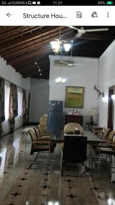 Rumah Luas dan Etnik di Patra Kuningan, Hunian Prestise  ( Ex Malaysian Embassy)