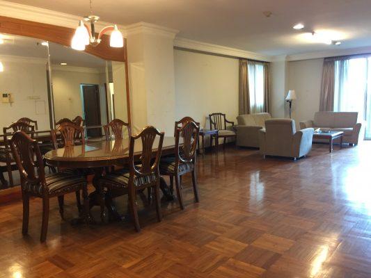Di Sewakan Apartemen Green View Pondok Indah Full Furnished 3BR+1 , Istimewa siap huni Pondok Indah Jakarta Selatan