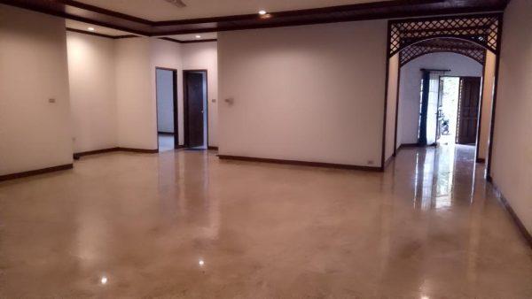Rumah di Pejaten Barat, Kemang ,  Jakarta Selatan