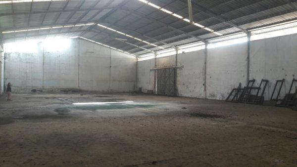 Tanah Luas Bonus Gudang Cocok Usaha Distributor Cibinong Bogor
