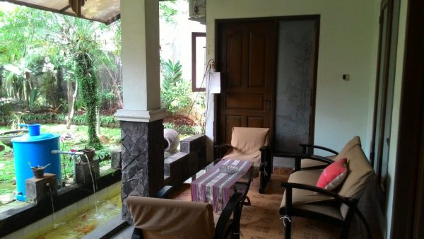 Dijual Rumah Minimalis Dalam Komplek Cireunde